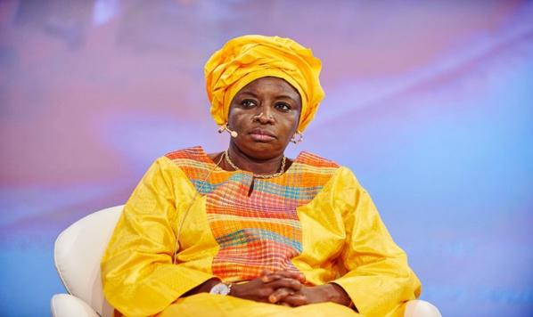Invitée à la réunion du secrétariat exécutif national, Mimi Boude
