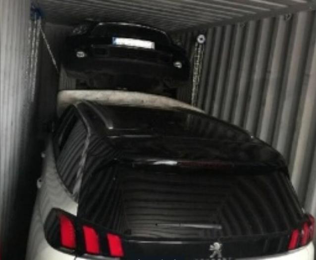 Plus d'une dizaine de Peugeot dérobées sur commande en France, livrées à Dakar