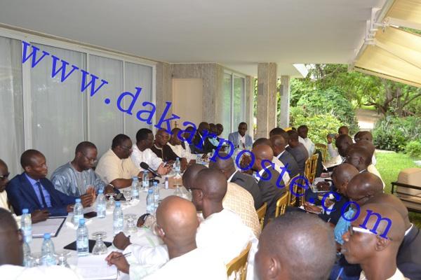 Le Président Macky Sall a rencontré  des Dg et cadres pour...
