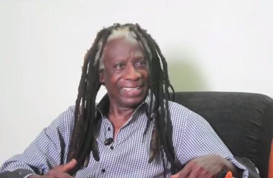 Pour Père Ouza, il y a un message divin derrière le décès de célébrités