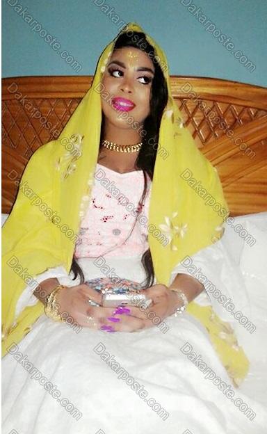 Mariage de deux célébrités/  Cheikh Seydina Saliou fils de Cheikh Béthio Thioune se marie avec le mannequin de renom Henriette Barboza... Cette dernière reçoit une dot de ...5.000.000 cfa et deux parures en or serties de diamant...(IMAGES EXCLUSIVES)