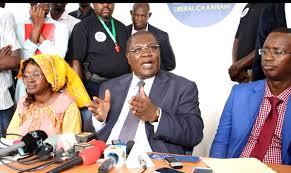 """Ousmane Ngom : """" Je sais ce qu'est la prison, je l'ai fait 9 fois (...) Il est donc temps de libérer Karim Wade (...)"""""""