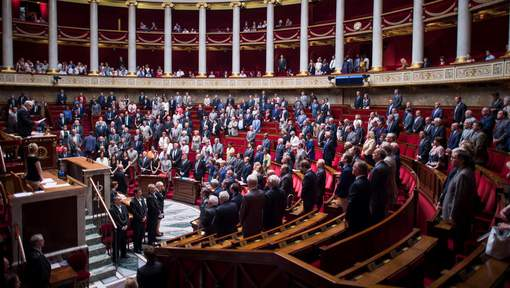 La France prolonge l'état d'urgence jusqu'à janvier 2017