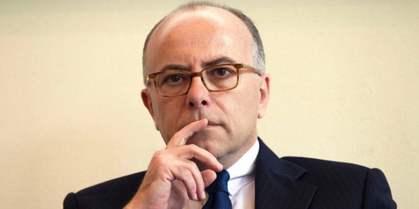 """Polémique sur la sécurité à Nice : Cazeneuve se dit victime d'une """"campagne de calomnies"""""""