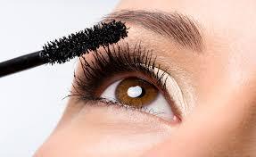 Astuce pour éviter qu'un mascara ne durcisse