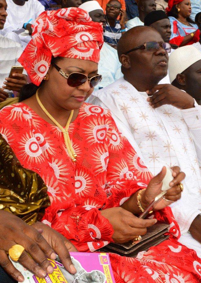 Voici la femme qui dorlote le ministre des finances Amadou Ba