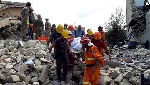 L'Italie prépare les funérailles des victimes du séisme