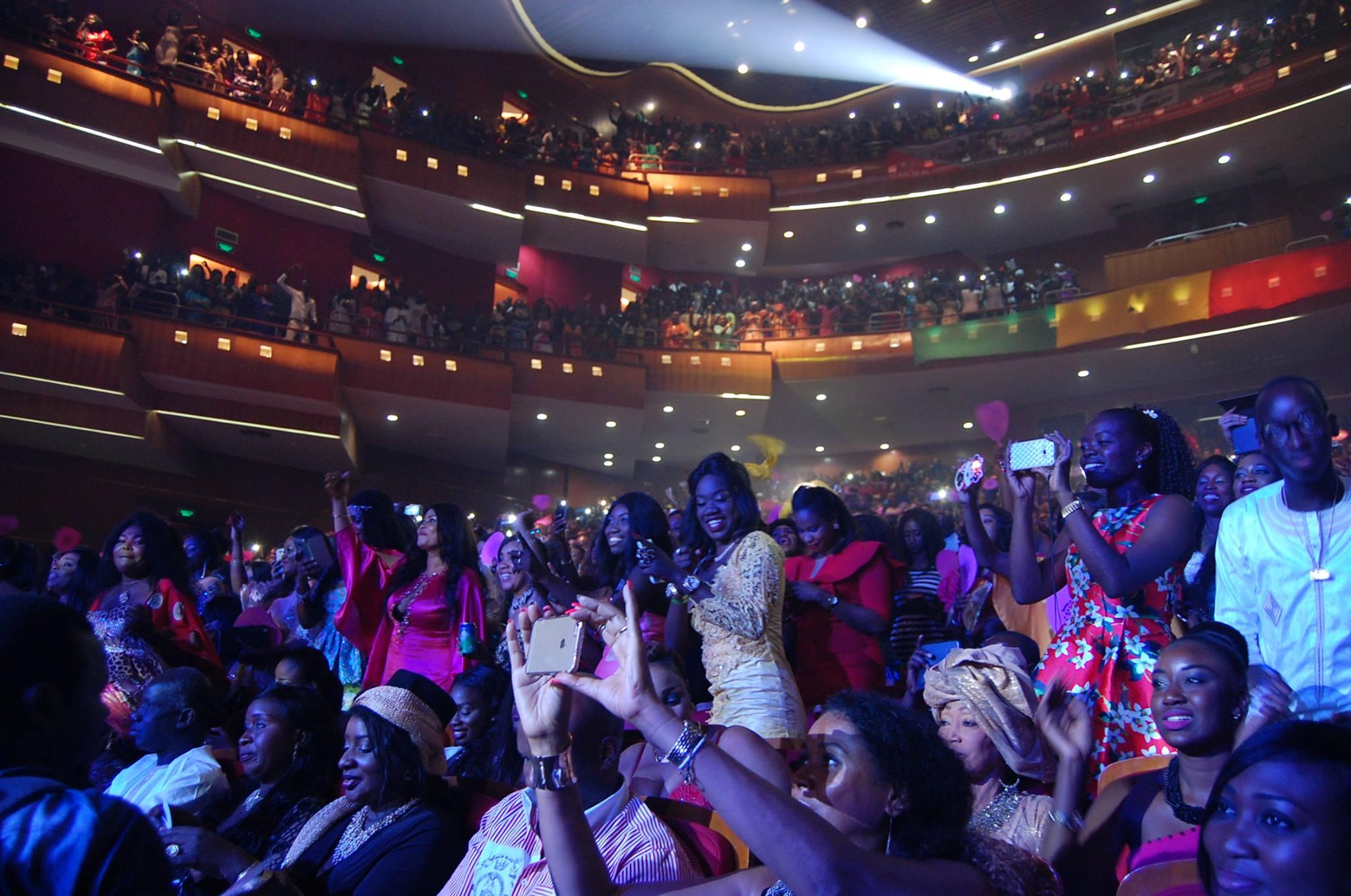 Des Images De VIVIANE au grand theatre