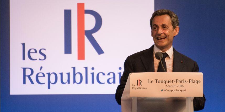 Nicolas Sarkozy : un meeting sous le signe de l'identité