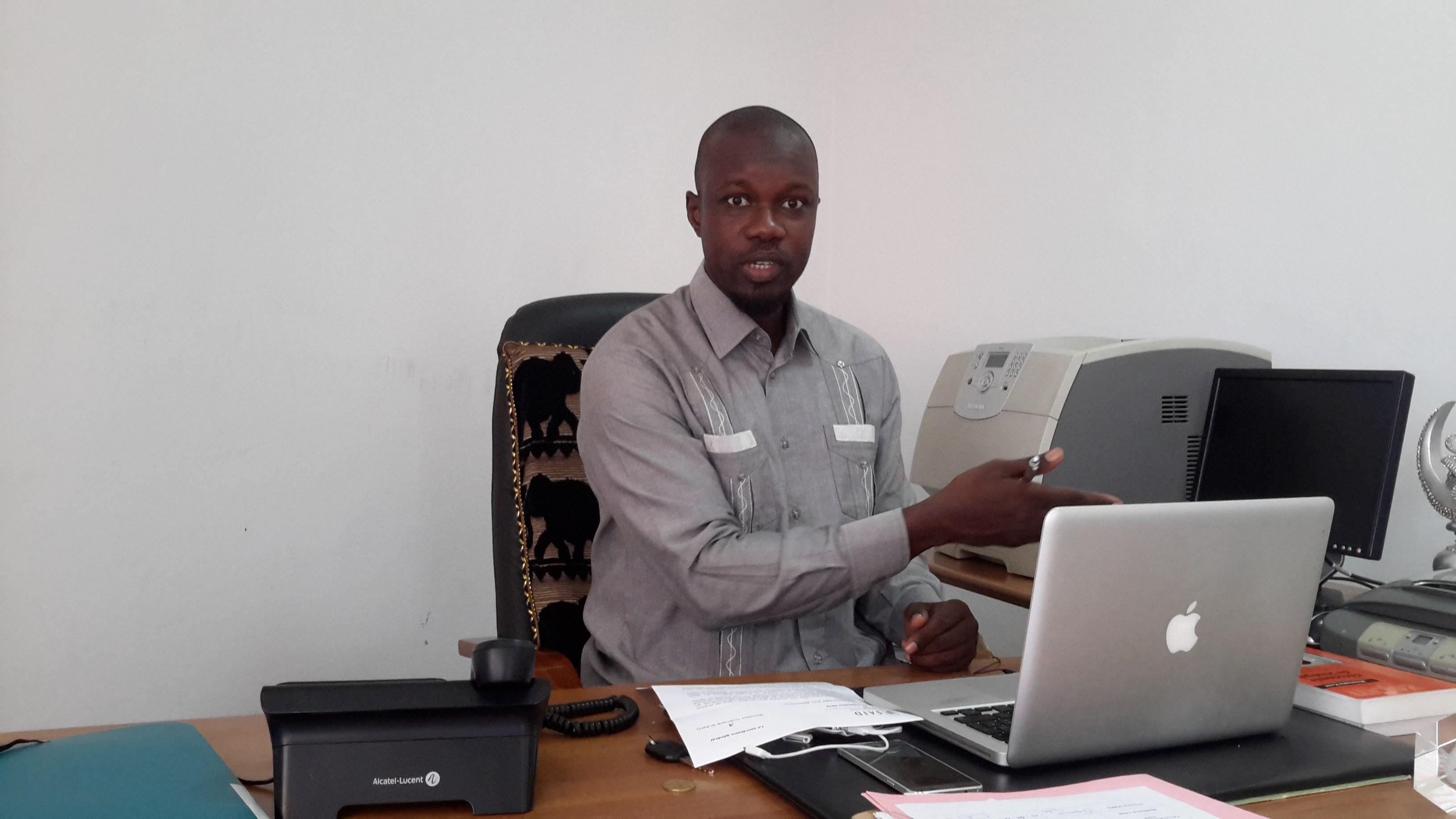 DEFIE PAR ALIOU SALL : Ousmane Sonko publie son patrimoine. Il a une seule maison, un 4X4 et deux comptes bancaires