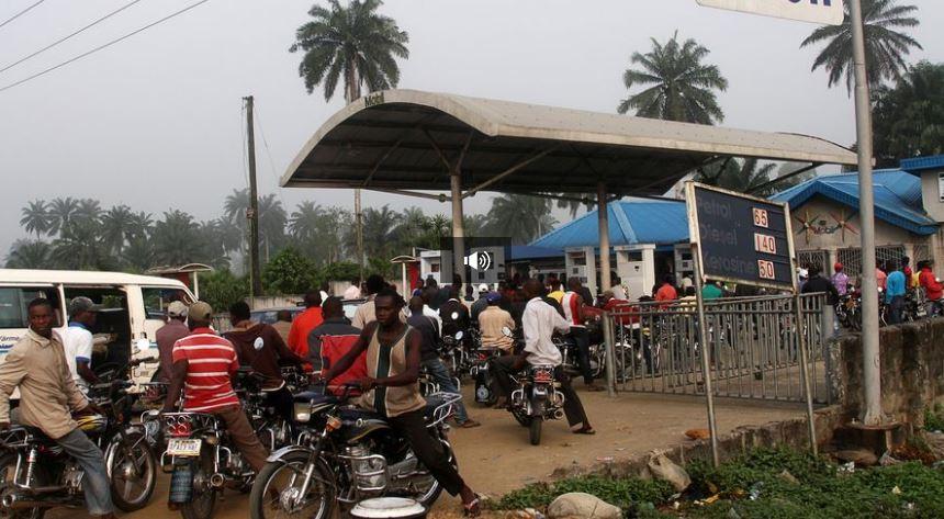 Un rapport dénonce des Suisses vendant du carburant toxique en Afrique