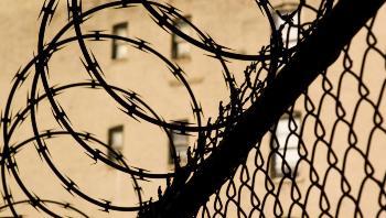 WALY BODJ, SURVEILLANT DE PRISON PRINCIPAL DE CLASSE EXCEPTIONNELLE A LA RETRAITE «Ce sont les misères carcérales qui ont favorisé cette mutinerie»