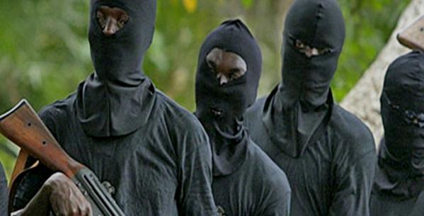 Psychose à Matam: 4 individus armés de Kalachnikov se seraient cachés dans la zone – les forces de l'ordre multiplient les patrouilles