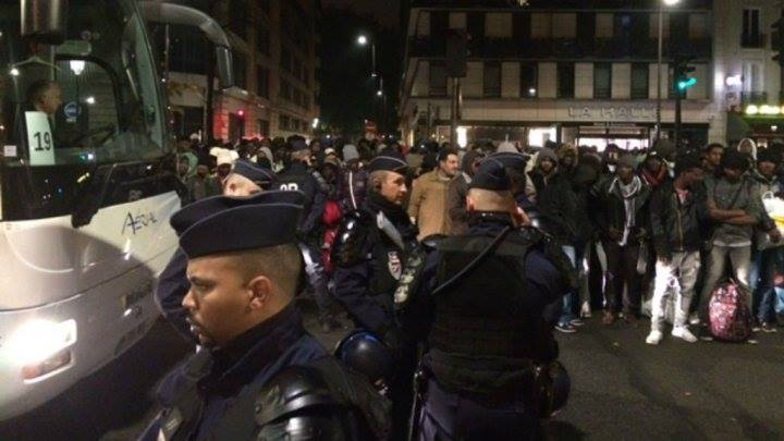 Plus de 3 000 migrants évacués à Paris