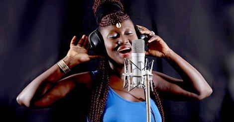 La chanteuse Marèma réclame 100 millions à son manager
