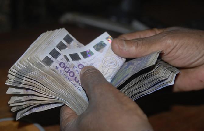 Fatou Thiam poursuit son mari pour vol de bijoux en or d'une valeur de 15 000 000
