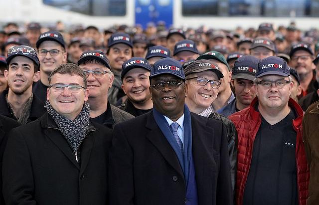 Visite d'Etat en France: Le marché du Train express regional a-t-il révélé tous ses secrets?