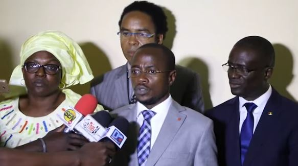 """Abdou Mbow : """"Thierno Alassane Sall n'est plus ministre, mais, il est toujours membre de l'APR"""""""