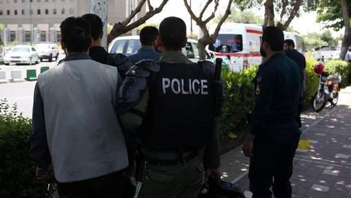 """Neuf personnes """"liées"""" à l'EI arrêtées en Iran"""