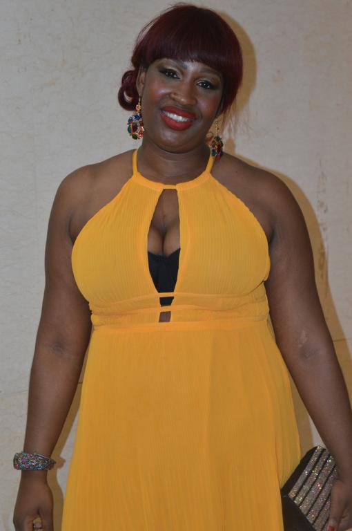 Momo Dieng au Grand Théâtre ! Les plus belles filles de Dakar étaient au…