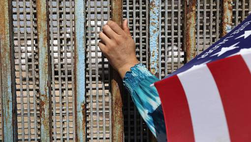 Moins de clandestins traversent la frontière mexicaine sous Trump