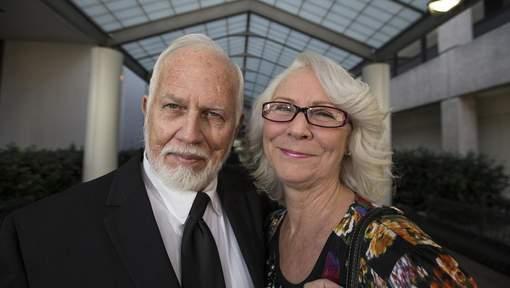 Innocenté après 21 ans de prison pour pédophilie, un couple reçoit 3,4 millions de dollars