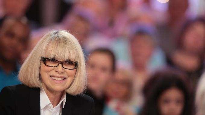 L'actrice française Mireille Darc est morte à l'âge de 79 ans