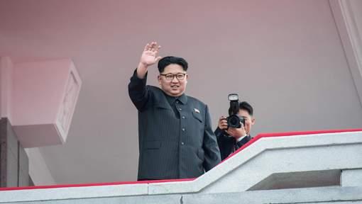 La Corée du Nord tire un missile d'un type non identifié qui survole le Japon