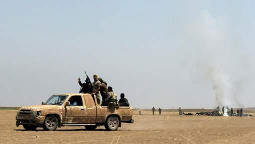 """Plusieurs groupes rebelles syriens veulent créer une """"armée nationale"""""""