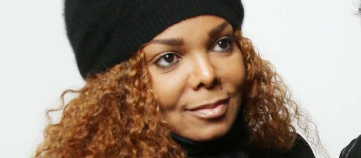 """Janet Jackson, devenir mère a changé sa vie: """"Elle se sent désormais complète"""""""