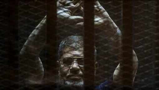 Condamnation à vie confirmée pour l'ex-président Morsi