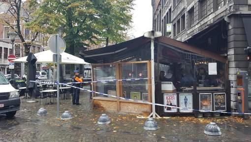 Homme abattu dans un café à Liège: le suspect est employé à la Province