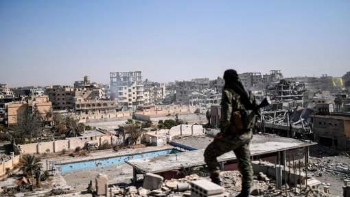Le califat, qu'avait proclamé en 2014 l'EI à cheval sur l'Irak et la Syrie avec une superficie égale à l'Italie, a perdu 85% de son étendue grâce à une offensive sans précédent menée par des force appuyées par les Etats-Unis ou la Russie. © afp.