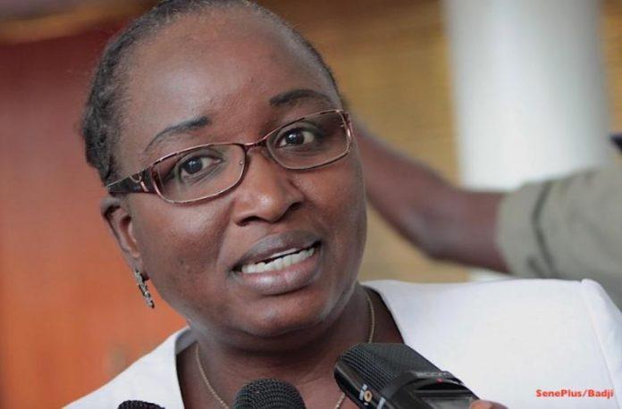 Elène TINE : «Macky SALL est devenu un dictateur»