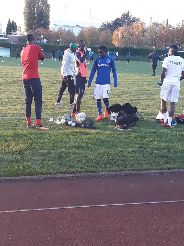 Photos: Les Lions s'entraînent avec leur maillot de clubs