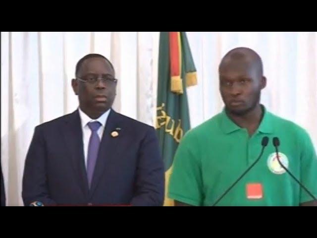 """Le Pr Sall leur offre 20 millions chacun, ils exigent des passeports diplomatiques - Les """"Lions"""" trop gourmands?"""