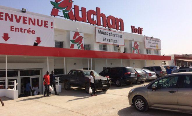 """Arrivée du groupe français """"Auchan"""": égale mort du petit commerce en Afrique"""