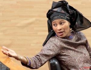 Aïssata Tall Sall charge Aly Ngouille Ndiaye: « Vous devez être le ministre qui incarne le mieux… »