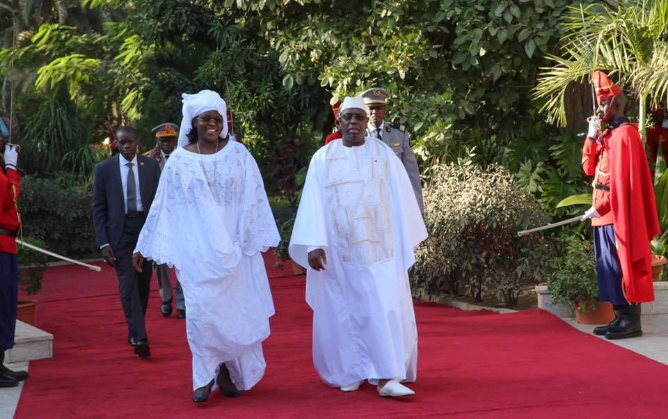 Le couple Présidentiel déserte le Palais pour passer la nuit à ...