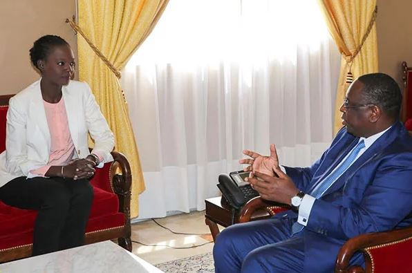 AIBD : Rama Yade défend Macky Sall