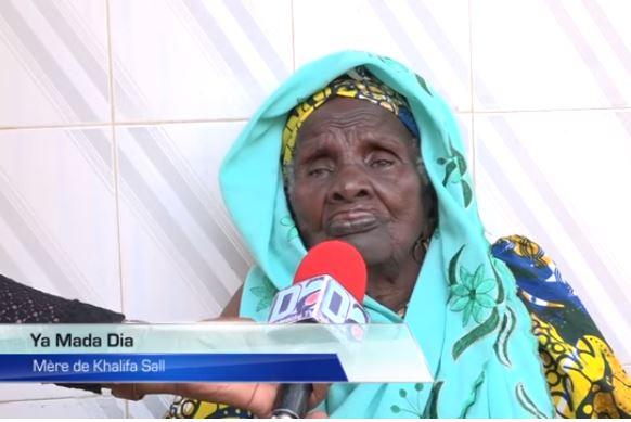 La mère de Khalifa Sall prie : « Barké Salatou Fatiya, que Macky Sall aille en prison un jour! »