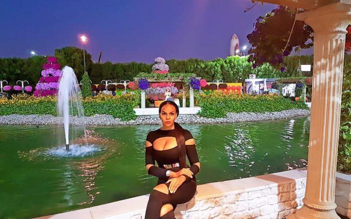 Karina Tavarez se fait plaisir à Dubaï