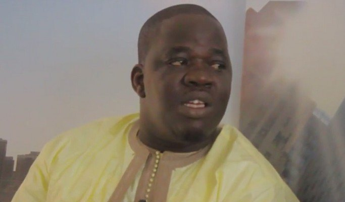 Vidéo : une jeune fille appelle Ndoye Bane pour le recadrer en direct