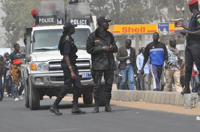 L'opposition Sénégalaise dans la rue pour...