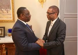 """Le Pr Macky a t'il besoin d'un ministre conseiller """"Mbodio Mbodio""""  qui  cherche """"himself""""... conseillers?"""