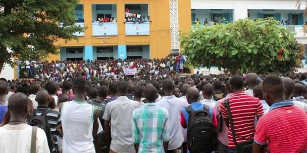 Dette : Des étudiants du privé renvoyés chez eux