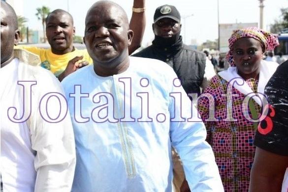 """Omar Sarr : """"Il faut que les Sénégalais se mobilisent pour dégager Macky Sall"""""""