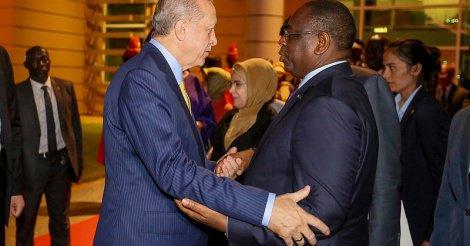 L'arrivée du Président turc à Dakar en images