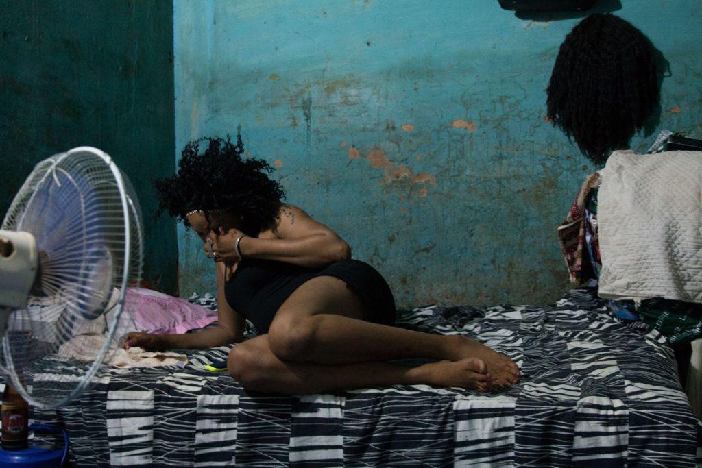 PROSTITUTION CLANDESTINE : Un marché nocturne du sexe bien organisé fait feu et flamme à Kaolack