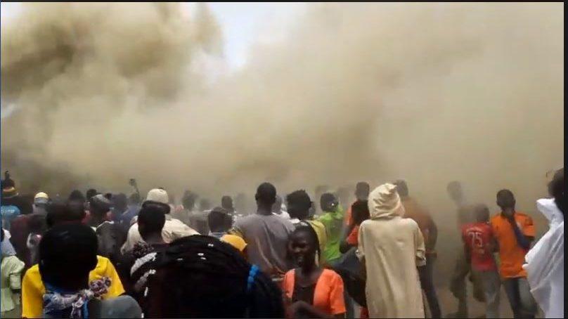 Urgent – (Vidéo + photos): Un incendie déclaré au marché Ocas, Touba…